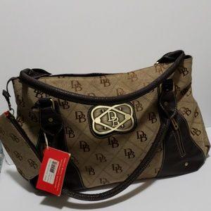 Dooney &bourke purse